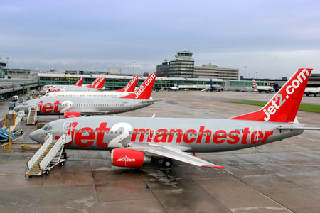 flights to alicante from manchester airport