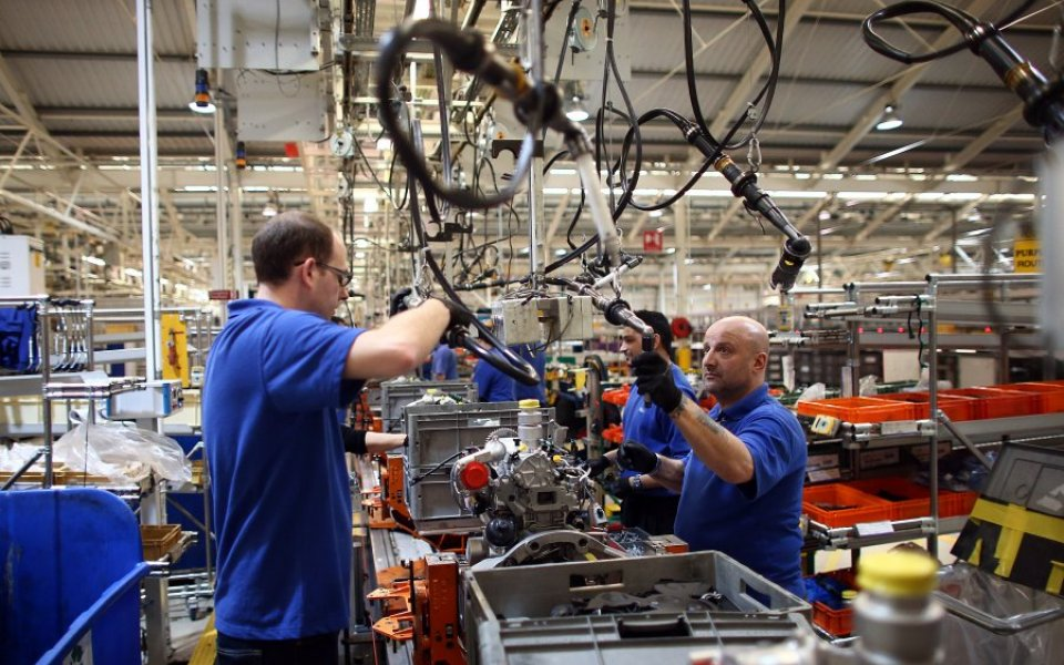 UK Manufacturing Order Growth Slows In October