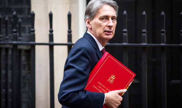 Budget 2017: chancellor makes special case of NHS with £2.8bn bailout